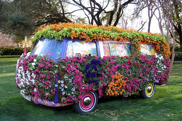 flower-power-VW-camper.jpg